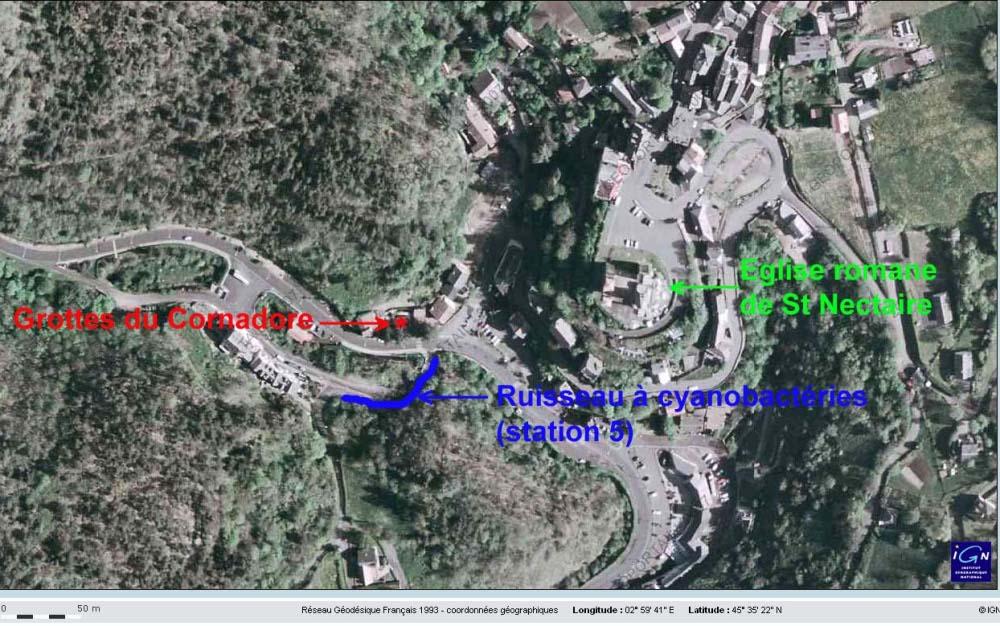 Localisation relative des Grottes du Cornadore et du ruisselet à cyanobactéries (station 5)