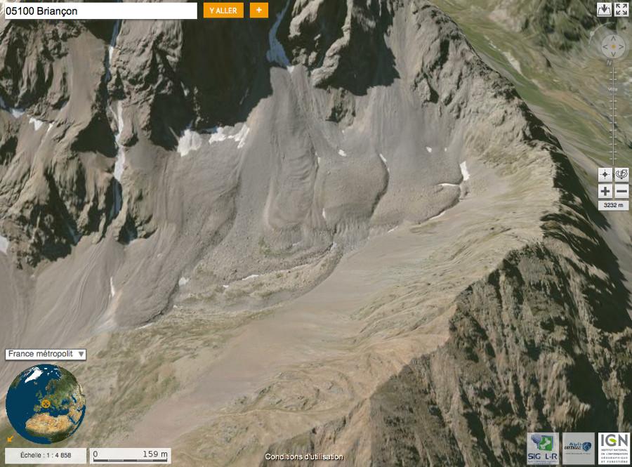 Détail sur le glacier rocheux de la figure précédente