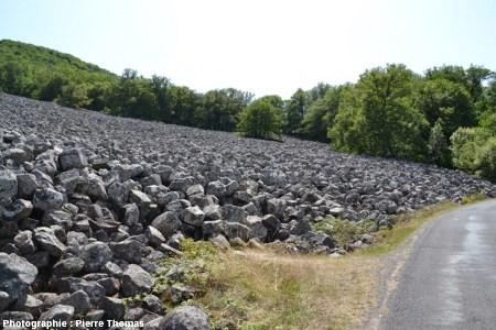 Le clapas de Thubiès, fausse coulée basaltique (Aveyron)