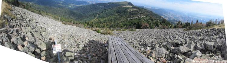 Le chirat du versant Nord du Crêt de l'Œillon, pris depuis la rampe de décollage des parapentes
