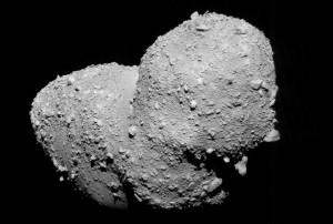 L'astéroïde Itokawa survolé et photographié en avril 2007 par la sonde Hayabusa