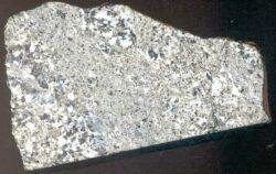 Achondrites riches en Ca (météorites différenciées).