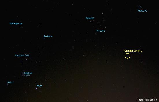 La comète C/2014 Q2 Lovejoy, le soir du 12 janvier 2015, dans la constellation du Taureau, vue annotée