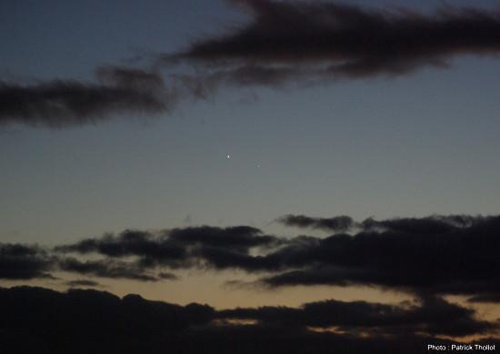 Zoom sur la conjonction Vénus-Mercure, 11 janvier 2015, Lyon