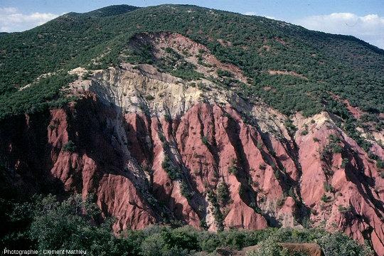 Paysage de badlands en zone de climat tempéré subhumide de type méditerranéen, Pays Glaoua, Maroc