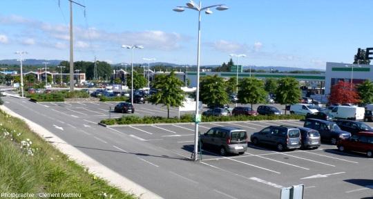 Parking en zone extérieure à Limoges