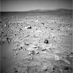 c- Paysage martien observé par Spirit