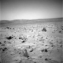 d- Paysage martien observé par Spirit