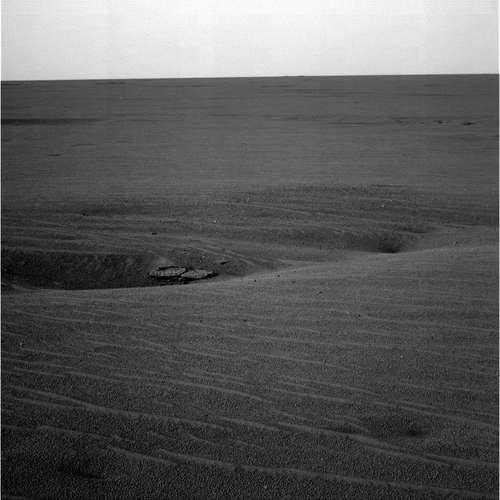 Dépressions observées par Opportunity le 5/04/04 (sol 70) dans les vastes plaines de Meridiani Planum