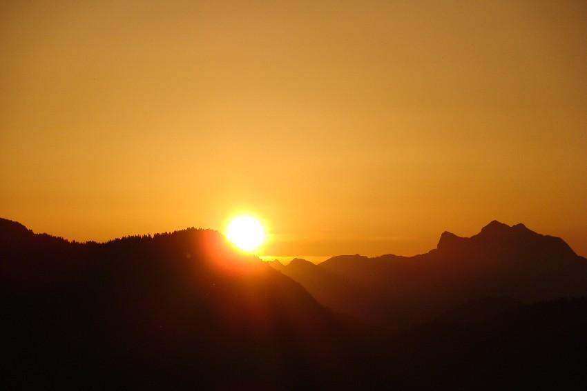 Lever du Soleil le 28 juin depuis la pointe de Miribel