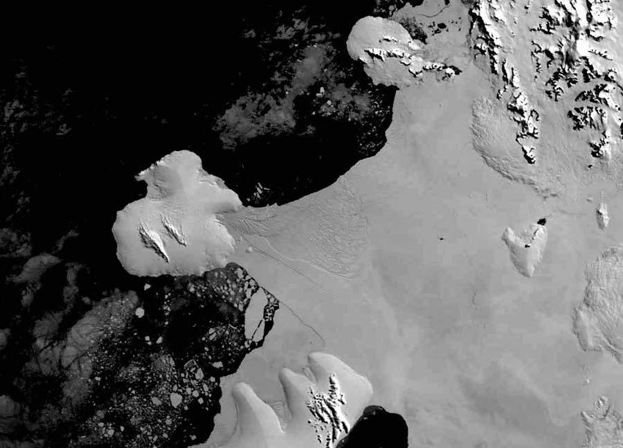 Plate-forme Wilkins (Antarctique): état du pont de glace en janvier 2004