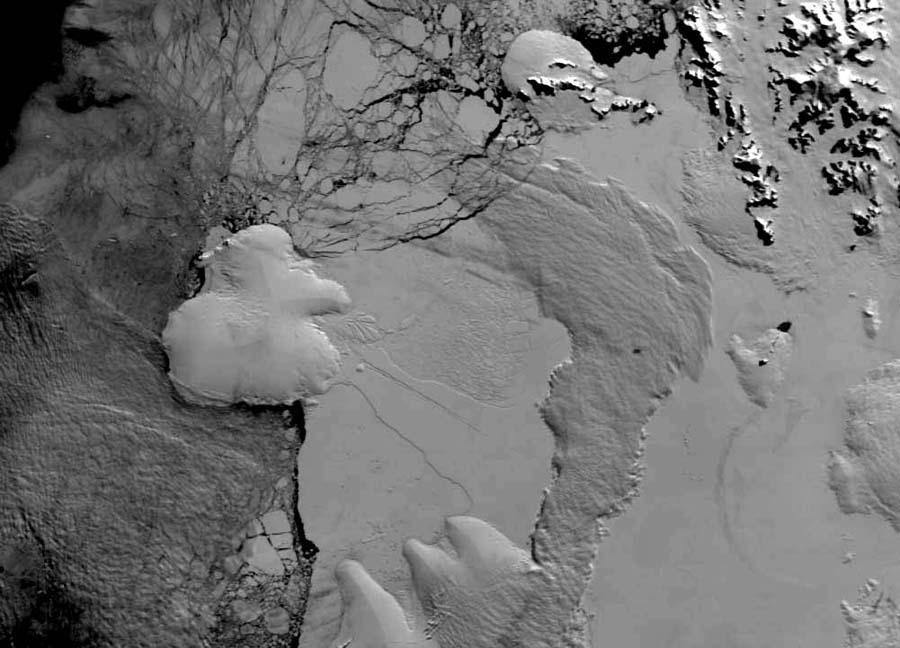 Plate-forme Wilkins (Antarctique): état du pont de glace en mars 2006