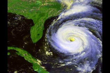 Vue satellitale du cyclone atlantique Fran, le 04 septembre 1996