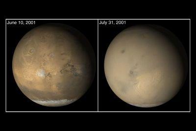 Comparaison de deux vues globales de Mars prises par MOC (Mars Orbital Camera)
