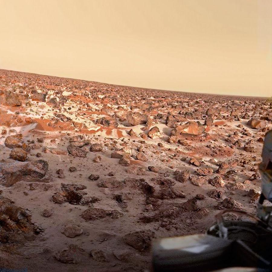 Givre au petit matin sur Utopia Planitia, quelques jours avant le solstice l'été de l'hémisphère Nord