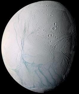 Vue générale d'Encelade prise par Cassini