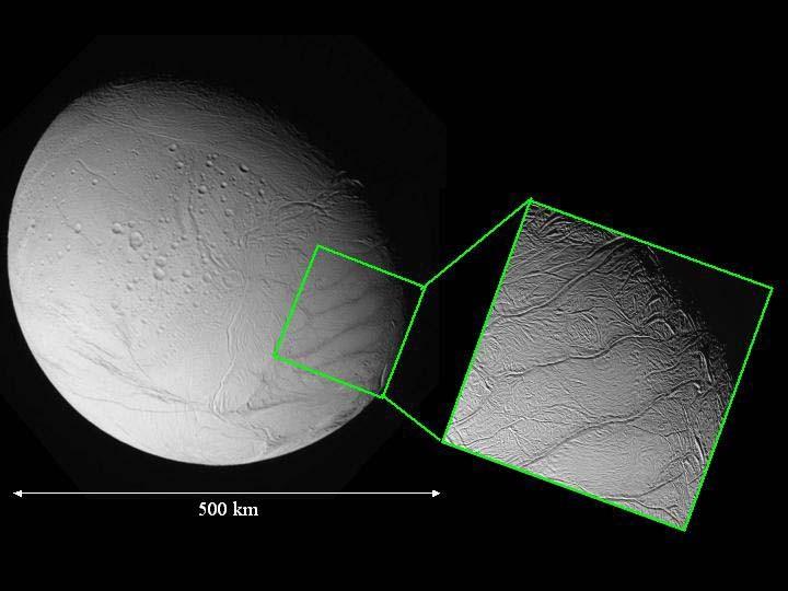 Vue rapprochée d'Encelade: zone proche du pôle Sud