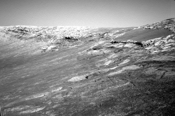 Partie de la paroi interne du cratère Endurance photographiée par Opportunity