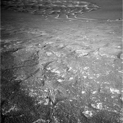 Vue du fond du cratère prise par Opportunity