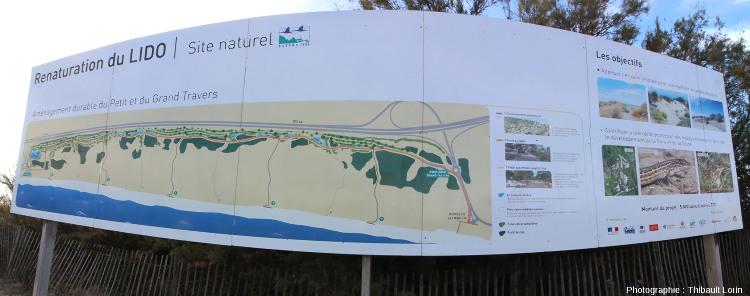 Un panneau explicatif à Carnon-Plage permet de sensibiliser les visiteurs à l'importance de protéger le cordon dunaire
