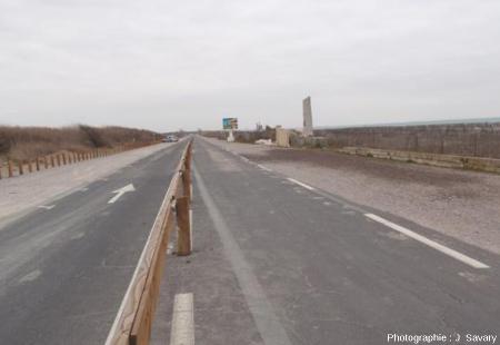 L'ancienne route littorale, avant les travaux d'aménagement en 2014