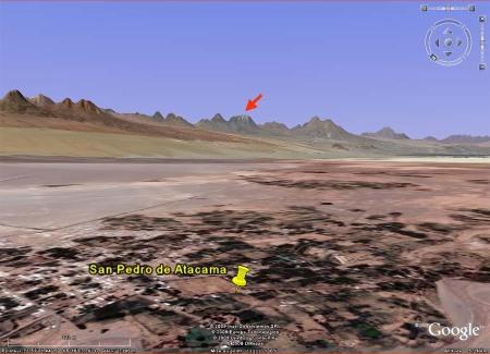 La chaîne de volcans au Sud-Est de San Pedro de Atacama, Chili