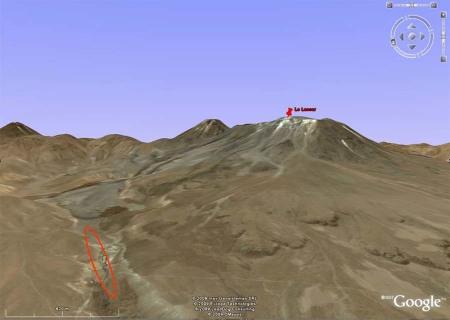 Image Google Earth (postérieure à 1993) localisant le Lascar et sa quebrada du Nord-Ouest