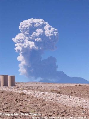 Éruption du Lascar en avril 2006