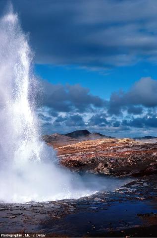 Geyser de Gunnuhver (Islande) aujourd'hui disparu, qui abritait des populations d'extrémophiles