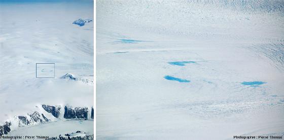 Vue globale et détail (correspondant au rectangle noir) de la surface de la calotte glaciaire du Groenland photographiée depuis le hublot d'un avion de ligne durant l'été 2007