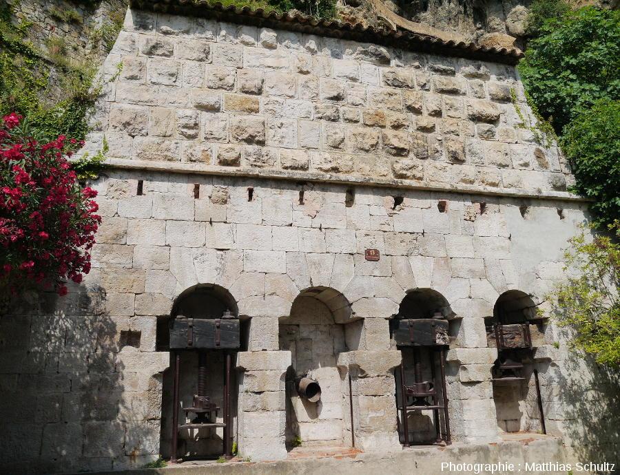 Un ancien pressoir à huile à Cotignac