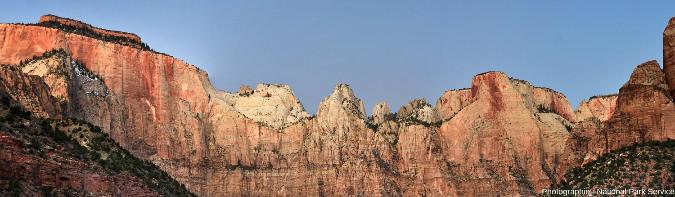 Les grès Navajo dans le parc national de Zion, Utah