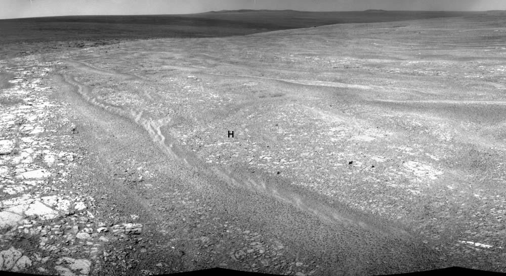Panorama à partir des images des sols 2761 et 2762 (soit les 1 et 2 novembre 2011)