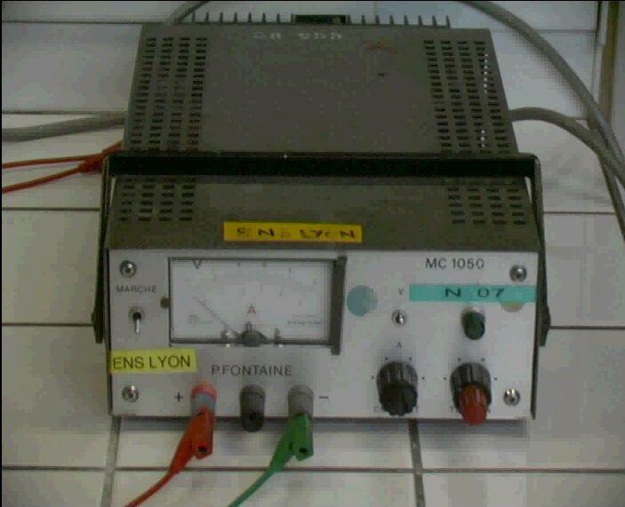 Un générateur de courant continu
