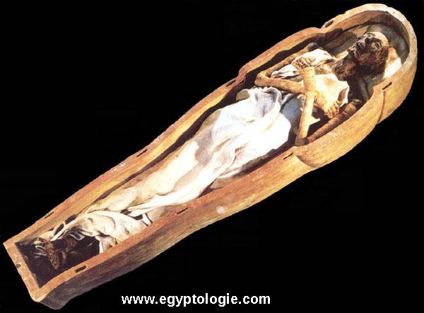 Un exemple de corps momifié: Ramsès II