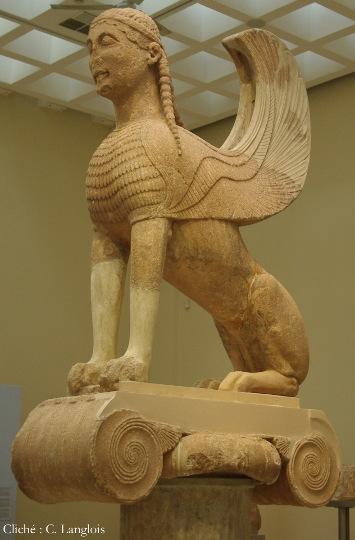 Sphinx naxien de Delphes (vers 560 av. J-C.), Musée de Delphes