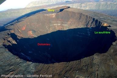 Évolution du flanc Nord du Dolomieu: 18 avril 2007 (Piton de la Fournaise, La Réunion)