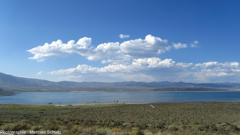 Le lac Mono, Californie, vu depuis le Sud