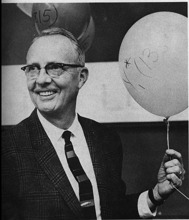 Luis Walter Alvarez (1911--1988), prix Nobel de physique 1968