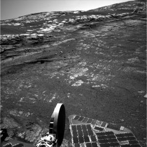 Vue de la pente relativement faible, au bord du cratère Endurance, par où la NASA va faire sortir Opportunity