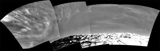Nuages passant au dessus d'Opportunity le 16 novembre 2004 (sol 290)