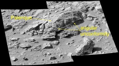 Vue générale du rocher Palenque (1m de long) et de ses discordances internes