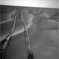Allure du champ de mini-dunes entre Endurance et les etched terrains