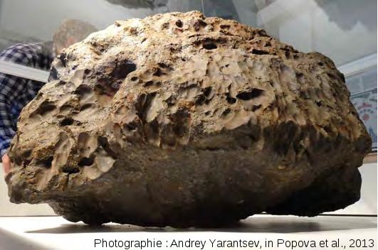 Masse principale, 600kg, de la météorite de Tcheliabinsk retrouvée au fond du lac Tchebarkoul