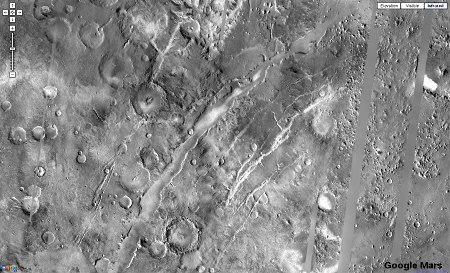 Image Google Mars (500km de large) montrant la région de Nili Fossae