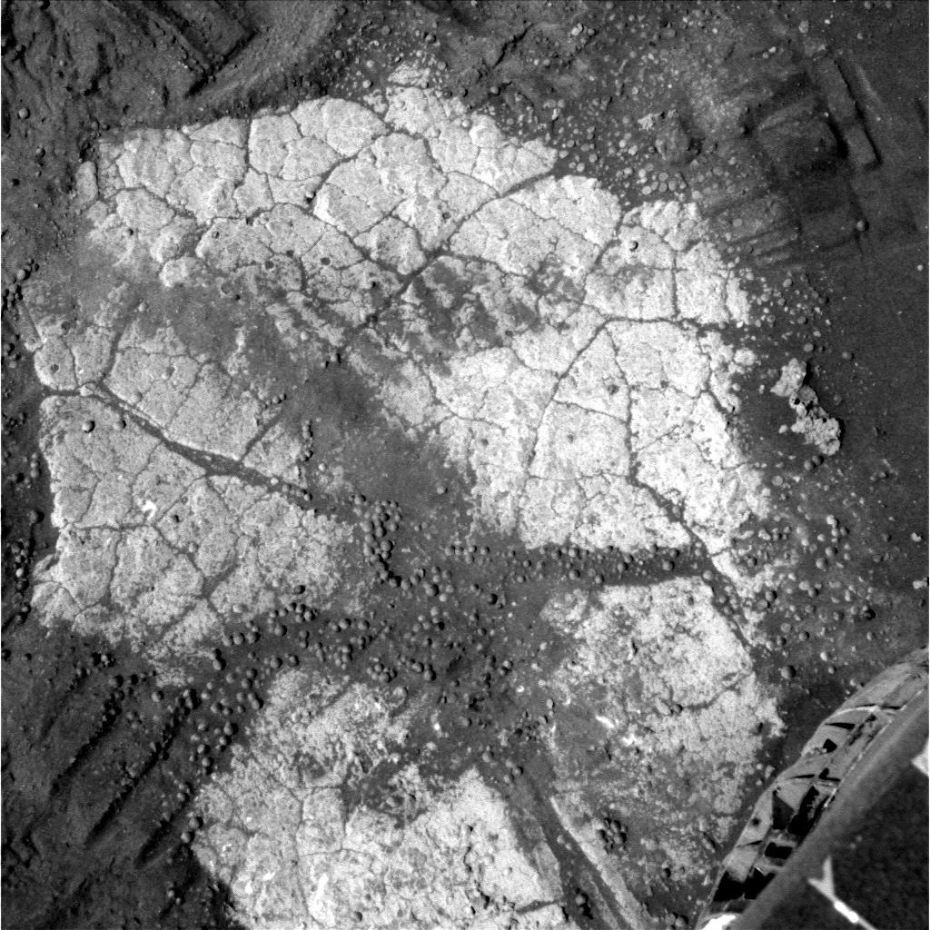Surface d'une dalle observée en se dirigeant vers Wopmay