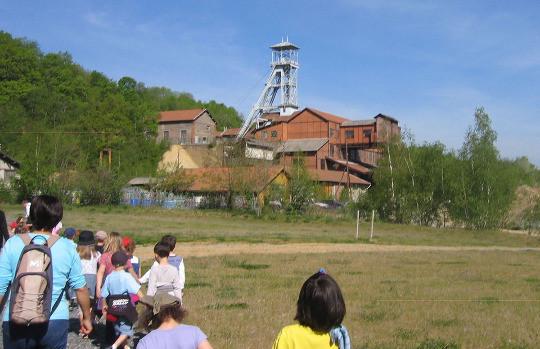 Le puits Perret à Saint-Pierre-la Palud, en activité de 1928 à 1972, situé sur le sentier de découverte