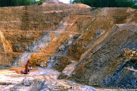 Mine à ciel ouvert de Cros Gallet en cours d'exploitation