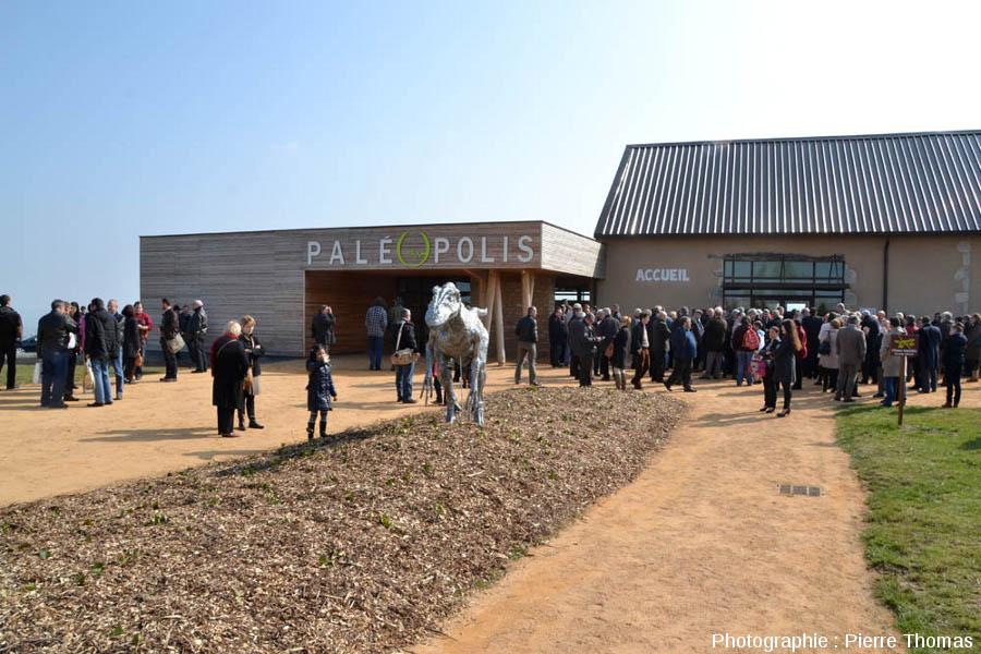 L'entrée de Paléopolis (Gannat), 27 mars 2013, juste avant l'inauguration