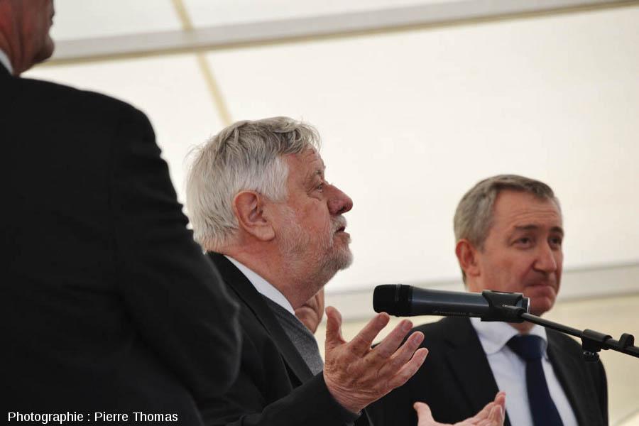 Yves Coppens, président du comité scientifique de Paléopolis, lors du discours inaugural du 27 mars 2013